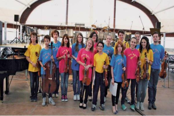 """Foto Orchestra Sinfonica Giovanile """"Ben Ti Voglio sponsorizzata da il freno Group"""